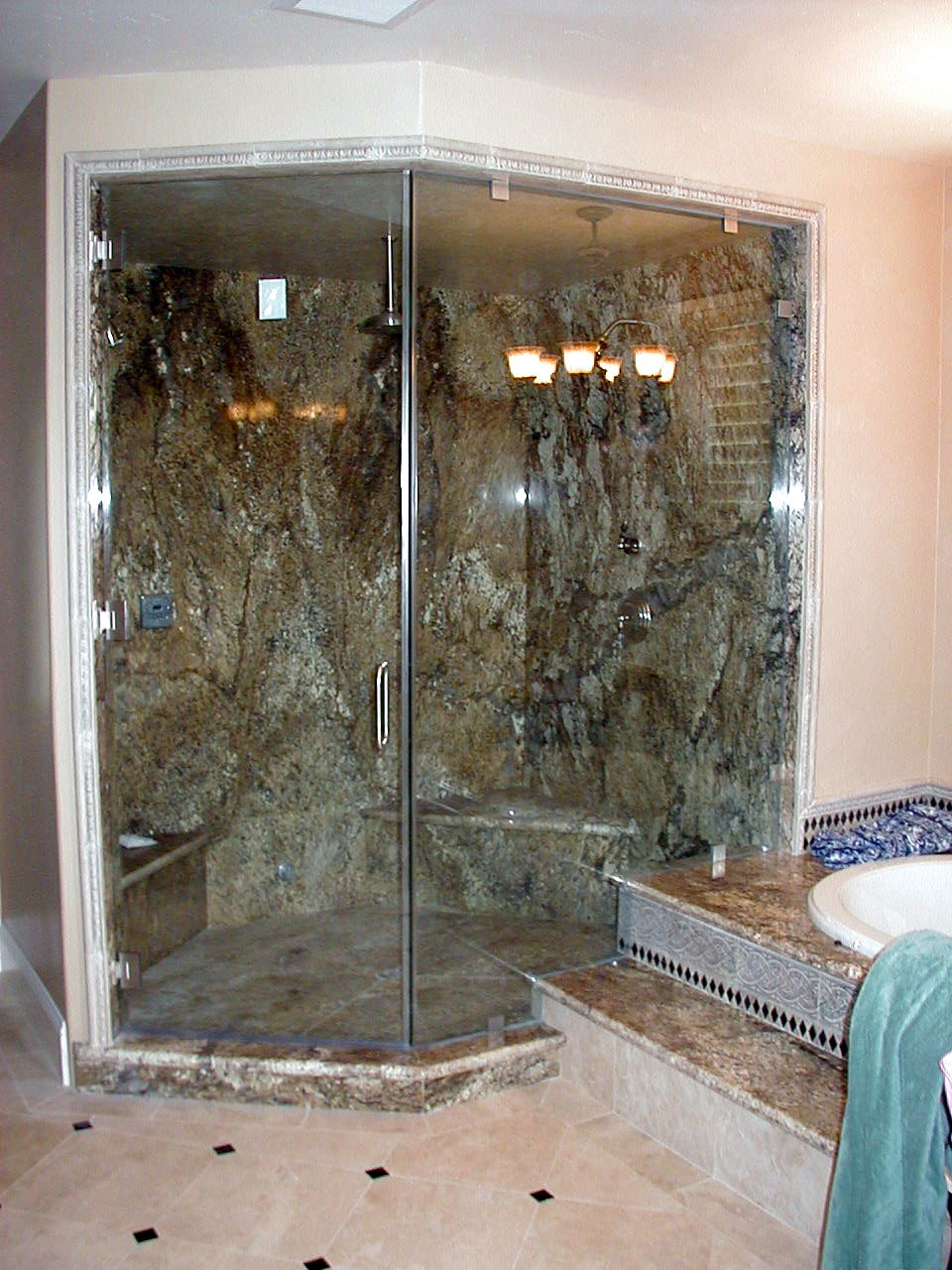 Custom frameless shower enclosures dick 39 s rancho glass for Cool shower door ideas